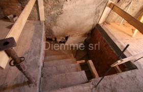 RISTRUTTURAZIONE EDIFICIO CON RICOSTRUZIONE DEL TETTO 16